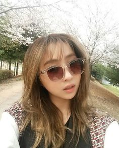 Who says that she's not beautiful. Minkki just perff. The Band, Btob, South Korean Girls, Korean Girl Groups, 2ne1 Minzy, Rapper, Kpop Girl Bands, Sandara Park, Culture Pop