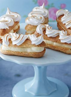 Lemon meringue eclairs A citrusy twist on a French classic. These scrumptious Lemon Meringue Eclairs are the perfect addition to a Mother's Day feast. Pastry Recipes, Baking Recipes, Cake Recipes, Dessert Recipes, No Bake Desserts, Just Desserts, French Desserts, Gourmet Desserts, Baking Desserts
