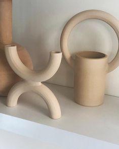 Been baking a lot in the studio lately ♨️ #ceramics #wheelthrown #wheelthrowing #handmade #vases
