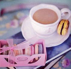 Start a new day with Macarons Madame Lucie - Bucuresti! #macarons #madamelucie