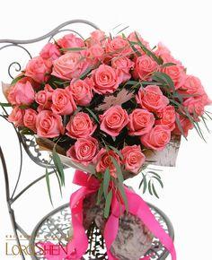 From Mombhm My Flower, Floral Flowers, Pretty Flowers, Unique Flower Arrangements, Container Flowers, Rose Bouquet, Floral Bouquets, Beautiful Roses, Flower Decorations