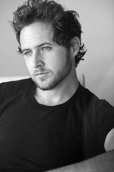 A.J. Buckley (And he was born in Ireland, which just adds to the hotness factor.) - CSI NY