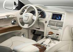 2009 Audi Q7 V12 TDI inside