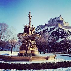 Look Inside Beautiful Castles With Interiors Fit For Royalty Edinburgh Castle, Scotland Royal Wedding Venue, Wedding Venues, Edinburgh Castle, Castle Scotland, Edinburgh Scotland, Holyrood Palace, Homecoming 2014, England And Scotland, Beautiful Castles