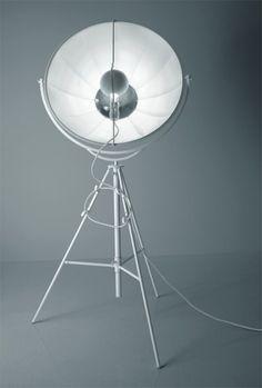 38207-LAMPADA-FORTUNY-TOTAL-WHITE-lampade-da-terra1-470x697.jpg (470×697)