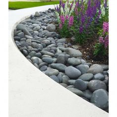 River Rock Landscaping, Stone Landscaping, Landscaping With Rocks, Outdoor Landscaping, Front Yard Landscaping, Decorative Rock Landscaping, Outdoor Gardens, Front Yard Decor, Landscaping Around House