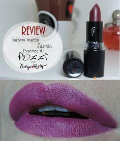 Review do matom lindoooooo Jasmin da coleção Evelyn Regly para Essenze di Pozzi. Link: http://www.blogflordemulher.com.br/2015/12/review-batom-matte-jasmin-essenze-di.html