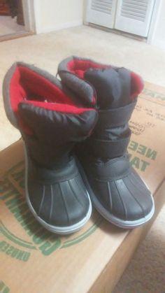 cd7a489eb41 Thermolite Boy Girl Black Red Snow Boots Shoes Sz  2  fashion