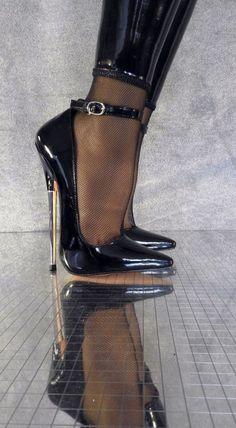 high heels – High Heels Daily Heels, stilettos and women's Shoes Extreme High Heels, Black High Heels, High Heels Stilettos, High Heel Boots, Heeled Boots, Shoe Boots, Ankle Boots, Sexy Heels, Women's Shoes