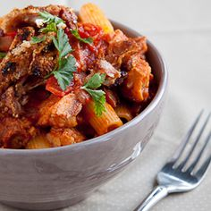 A clever and delicious way to use up the left-overs from Sunday's roast. Delicious, moist pork in a spicy tomato sauce served on pasta. Leftover Pork Loin Recipes, Pork Roast Recipes, Meat Recipes, Pasta Recipes, Cooking Recipes, Savoury Recipes, Sauce Recipes, Yummy Recipes, Recipies