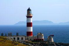 Eilean Glas lighthouse Scalpay by simon stewart, via Geograph