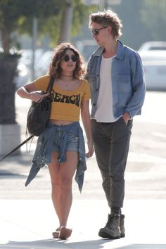 Vanessa Hudgens & Austin Butler Out & about in Venice Beach - September 21st