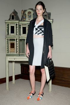 Roland Mouret Resort 2015 Collection Slideshow on Style.com