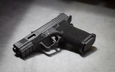 Download wallpapers Glock 19, self-loading pistol, military weapon, pistols, Glock