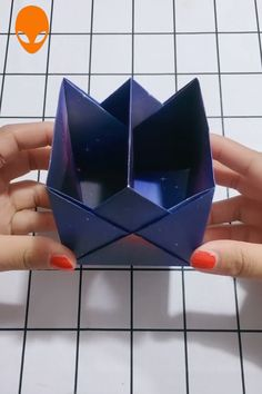15 Gift Box Origami For Christmas DIY Tutorials Videos Diy Origami, Origami Gift Box, Origami And Kirigami, Paper Crafts Origami, Useful Origami, Diy Gift Box, Origami Tutorial, Diy Paper, Diy Arts And Crafts