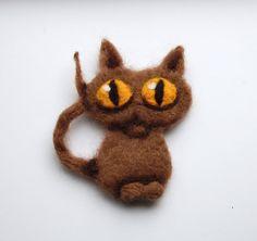 Felted cat brooch needle felted wool cat by DeKleineKunstenaar, $25.00