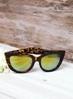70d0668d95899 9 Best Quay Sunglasses at Vault206 Southern Elegance images ...