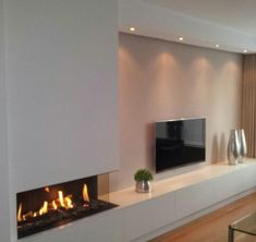 New Pic Fireplace Design with tv Style No matter whether your house is with Aspen and also California, there is not any question a comforting result with a coz Living Room Tv, Living Room With Fireplace, Living Room Interior, Home And Living, Fireplace Tv Wall, Modern Fireplace, Fireplace Design, Living Room Designs, Design Case