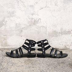 HANK sandal Hobbs Shoes, Buy Shoes Online, Birkenstock Florida, Sandals, Summer, Fashion, Moda, Summer Recipes, Fasion
