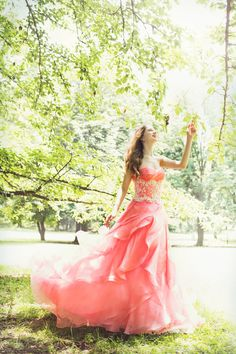 #BTNV174 #NOVARESE #pink #white #green #park  #dress #weddingdress #wedding #ノバレーゼ #ピンク #ガーデン #フラワー  #カラードレス #ウエディング