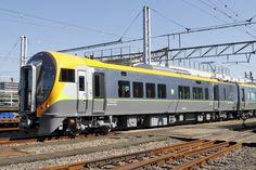 JR四国松山方先頭車の8700形(Tsc)