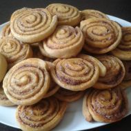 Švýcarky z vlastního těsta Almond, Cookies, Food, Biscuits, Meal, Essen, Almonds, Cookie Recipes, Cake
