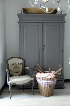 Plan:  pale smoke walls, gray furniture, grayish blue quilt, shades of cream, gray, burlap.