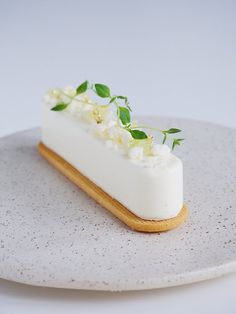 Finger Lime Mousse with White Chocolate Ganache — Julie Marie Eats Chocolate Ganache Cake, White Chocolate Ganache, Lime Desserts, Dessert Recipes, Caviar Lime, Lime Recipes, Elegant Desserts, Mousse Cake, Cute Cakes