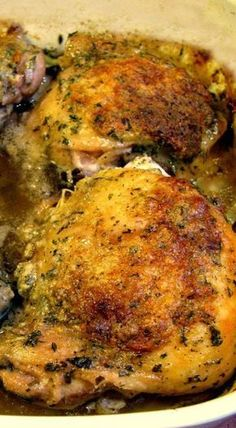 Crispy, tangy baked Ranch Chicken Thighs are a delicious, easy dinner great for kids and adults alike, and are ready in under an hour. Buffalo Chicken, Baked Ranch Chicken, Baked Chicken Legs, Oven Chicken, Chicken Divan, Glazed Chicken, Teriyaki Chicken, Chicken Thights Recipes, Ranch Chicken Recipes