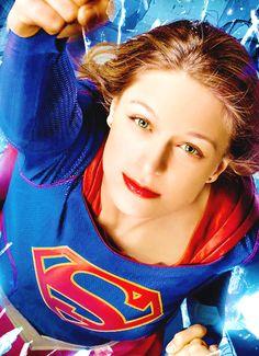 Supergirl cover of TVguide Comic Con edition