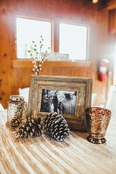 Sam and Cameron's winter wedding atThe Dairy Barnin South Carolina is filled with tons of cozy charm. Featuring sweet DIY details perfect for the colder months, this lovely barn wedding is getting us in the mood for the upcoming winter wedding season. Indeed, we're dreaming of soft pashmina's and hot cocoa parties near a warm […]