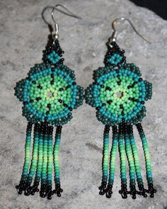 Huichol Peyote Beaded Earring F-2 by HuicholArte on Etsy