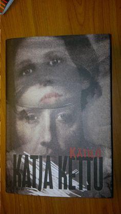 Katja Ketun kijra, Kätilö.  Aika rujo, sota-ajan tarina Lapista. Rakkautakin. Reading, Cover, Books, Painting, Livros, Word Reading, Painting Art, Slipcovers, Book