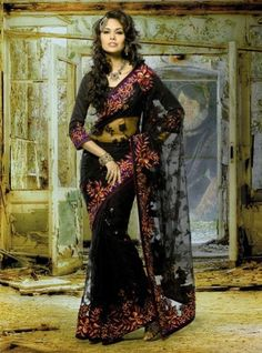 Esha Gupta Black Saree