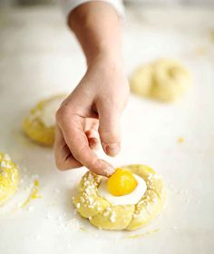 2 h 25 min{ A Baked Doughnuts, Sweet Pastries, Easter Recipes, Easter Food, Baked Goods, Nom Nom, Special Occasion, Deserts, Eggs