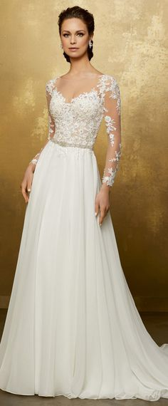Alluring Tulle & Chiffon Scoop Neckline A-Line Wedding Dress With Lace Appliques & Beadings