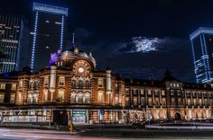 "500px / Photo ""moon light"" by ryo y Tokyo station"