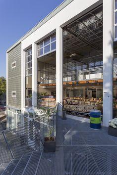 Eine Schule wird zum offenen Haus - Ru Paré Community in Amsterdam