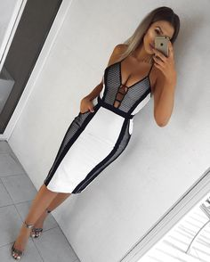 // Black & White Dress // Sandals - Tap the link to shop on our official online store! You can also join our affiliate and/or rewards programs for FREE! Mode Outfits, Sexy Outfits, Sexy Dresses, Beautiful Dresses, Short Dresses, Fashion Dresses, Club Dresses, Party Dresses, Evening Dresses