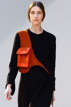 The best runway accessories spotted at Paris Fashion Week Celine Fashion Week Paris, Runway Fashion, High Fashion, Fashion Show, Womens Fashion, Fashion Trends, Fall Fashion, Mode Outfits, Fashion Outfits