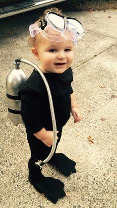 DIY Halloween costume scuba diver for toddler boy marine halloween Toddler Boy Halloween Costumes, Cute Costumes, Halloween Kostüm, Newborn Halloween Outfits, Carnaval Diy, Scuba Diver Costume, Diy 2019, Baby Kostüm, Diy Baby