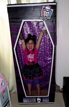 Monster High photo booth.  Monster High birthday party idea.