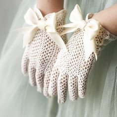 fishnet upcycled vintage gloves by whichgoose on Etsy Crochet Gloves, Lace Gloves, White Gloves, Gants Vintage, Bridal Accessories, Fashion Accessories, Cool Winter, Winter Diy, Winter Bride