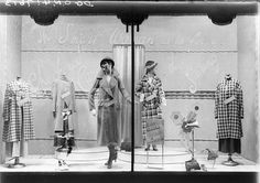 Snow's dept store, Sydney women's spring fashions 1933