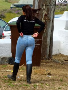 Black Rain Boots, Candid, Jeans And Boots, Skinny Jeans, Lady, Pants, Women, Fashion, Rain Jacket