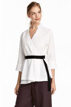 Хлопковая рубашка на запахе - Белый - Женщины | H&M RU 1