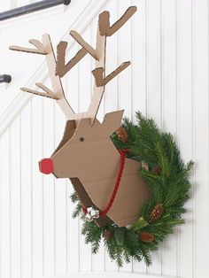 christmas diy project -- scrap cardboard instructions on how to make a reindeer head to mount on the wall for your decor. Get your wreath ready for next year Scandinavian Christmas Decorations, Diy Christmas Decorations Easy, Holiday Crafts, Christmas Wreaths, Christmas Ornaments, Rudolph Christmas, Christmas Clay, Office Decorations, Reindeer Head