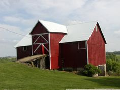 A great field guide to farm buildings and structures!!! Tons of history and photos.