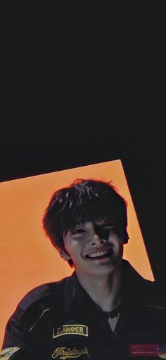 Smile Wallpaper, Kids Wallpaper, Minho, Wallpapers Kpop, Shinee, Savage Kids, A Series Of Unfortunate Events, Crazy Kids, Fb Memes