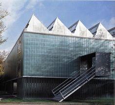 Extension Kunstmuseum Winterthur by Gigon/Guyer, 1995 Winterthur, Gigon Guyer, Museum Lighting, Timber Roof, Building Exterior, Facade Architecture, Antwerp, Art Museum, Skyscraper